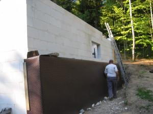 le mur est